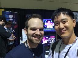 모니터를 보면 어떤 게임의 개발자인지 확인할 수 있다.